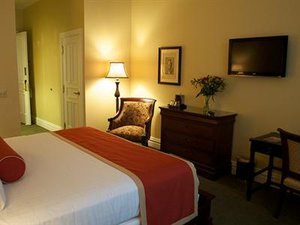 Room - Priory Hotel Pittsburgh
