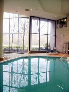 Pool - DoubleTree by Hilton Hotel & Meeting Center Somerset