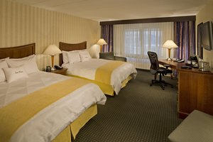 Room - DoubleTree by Hilton Hotel Convention Center Monroeville