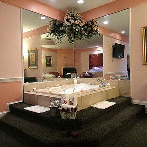 Room - Inn of the Dove Bensalem
