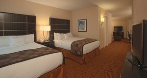 Room - DoubleTree Suites by Hilton Hotel Downtown Minneapolis