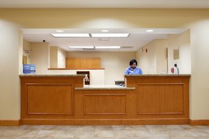 Lobby - Candlewood Suites Slidell