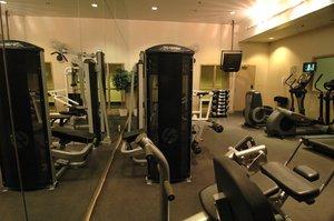Fitness/ Exercise Room - Delta Hotel by Marriott Edmonton Centre Suites