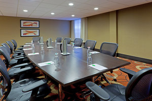 Room - DoubleTree by Hilton Hotel BWI Airport Linthicum