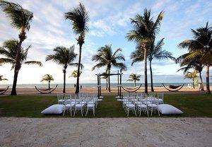 Beach - Courtyard by Marriott Hotel Beach Resort Isla Verde