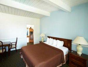 Room - Laguna Beach Lodge
