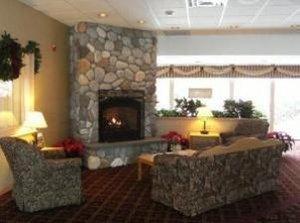 Lobby - Fireside Inn & Suites Portland
