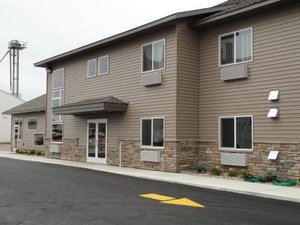 Exterior view - Canby Inn & Suites