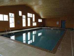 Pool - Canby Inn & Suites