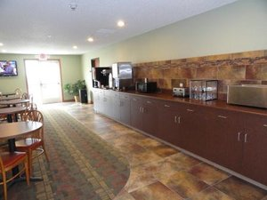 Restaurant - Canby Inn & Suites