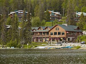 Exterior view - Pyramid Lake Resort Jasper