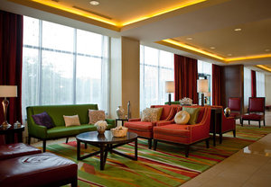 Lobby - Marriott Hotel & Conference Center Coralville