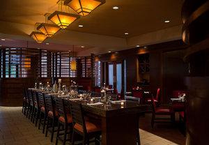 Restaurant - Marriott Hotel & Conference Center Coralville