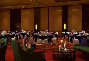 Ballroom - Marriott Hotel & Conference Center Coralville