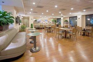 Restaurant - Holiday Inn Express Hotel & Suites Hialeah