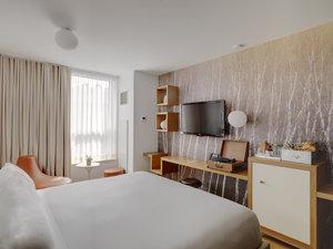 Room - McCarren Hotel & Pool Brooklyn