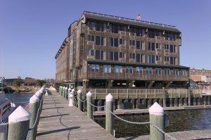 Exterior view - Wyndham Inn on Long Wharf Newport
