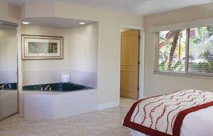 - Wyndham Sea Gardens Resort Pompano Beach