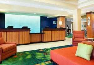 Lobby - Fairfield Inn & Suites by Marriott Wichita