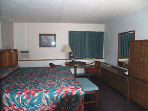 Room - Autumn Inn Bennington