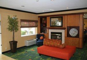 Lobby - Fairfield Inn by Marriott Eden Prairie