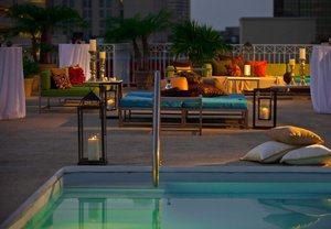 Pool - Renaissance Arts Hotel New Orleans