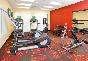Fitness/ Exercise Room - Courtyard by Marriott Hotel Westampton