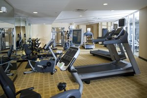 Fitness/ Exercise Room - DoubleTree by Hilton Hotel Baton Rouge