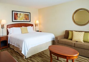 Room - Courtyard by Marriott Hotel Natick