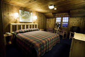 Room - Lutsen Resort on Lake Superior