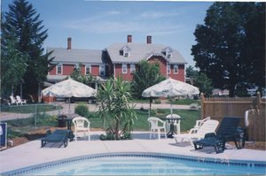 Pool - Old Red Inn & Cottages North Conway