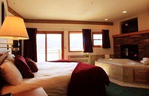 Suite - Estes Park Resort Hotel