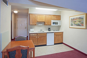 Suite - Holiday Inn Express Hotel & Suites White River Junction