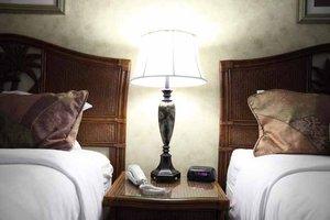 Room - Island House Inn Port Clinton