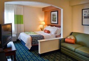 Suite - Fairfield Inn by Marriott Manchester
