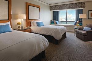 Room - Four Seasons Hotel Miami