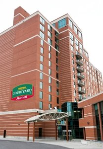 Exterior view - Courtyard by Marriott Hotel East Ottawa