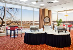Suite - Courtyard by Marriott Hotel Downtown Edmonton