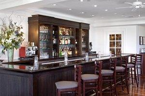 Bar - Harbor View Hotel on Martha's Vineyard Edgartown