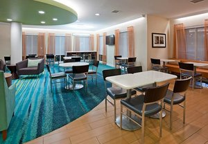 Restaurant - SpringHill Suites by Marriott Rochester