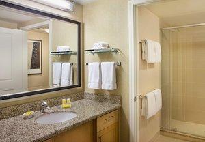 Room - Residence Inn by Marriott Airport Calgary