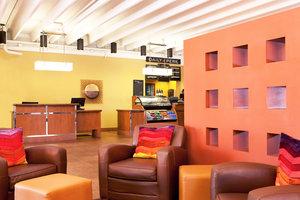 Lobby - Moxy Hotel by Marriott Tempe