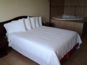 Room - Flagship Inn Brownwood