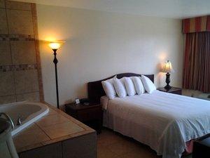 Suite - Flagship Inn Brownwood