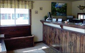 Lobby - Briarwood Inns Montrose
