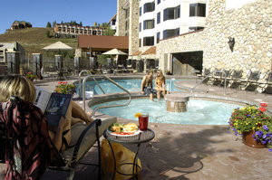 Pool - Grand Lodge Hotel & Suites Mt Crested Butte