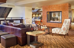Lobby - Elevation Hotel & Spa Mt Crested Butte