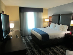 Holiday Inn Express Hotel Amp Suites Airport Kc Mo See