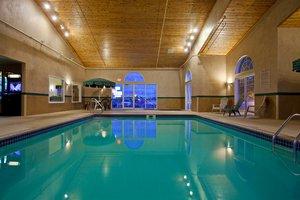 Pool - Country Inn & Suites by Radisson Buffalo