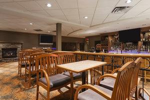 Bar - Poco Inn & Suites Port Coquitlam